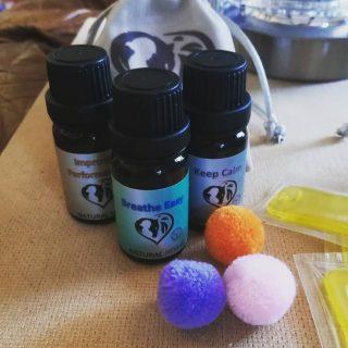 essential oils pom poms